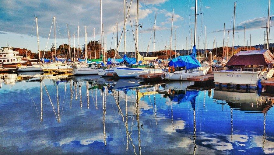 sailboats-1149078_1920