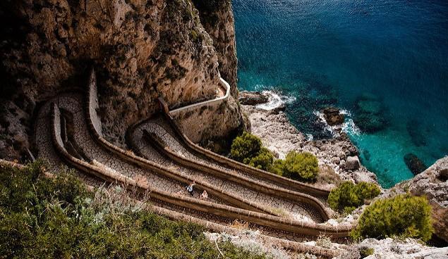 Capri cote chemin