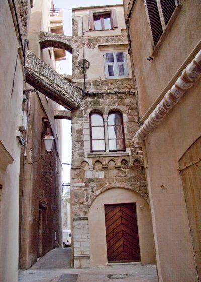bonifacio_patrimoine_architecture_genesomt